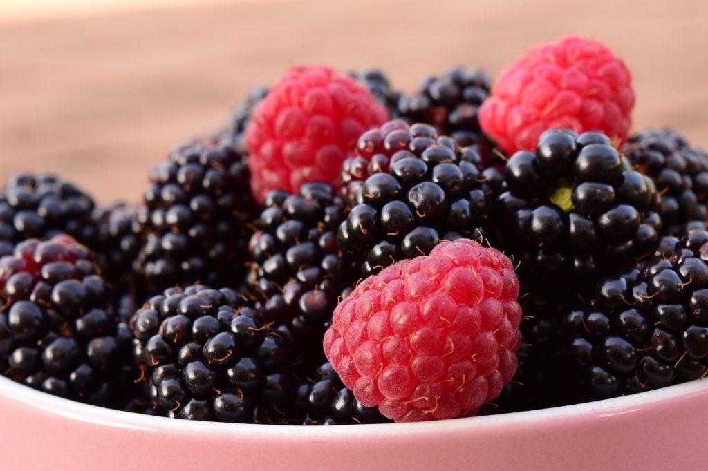 raspberries-1550458_1280